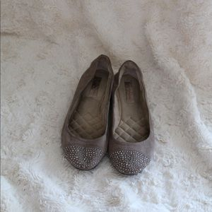 Jessica Simpson Merrabeth Taupe Suede Ballet Flats